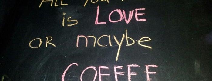 Caffeine is one of Lieux qui ont plu à Una.