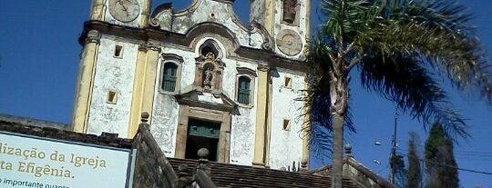 Igreja Santa Efigenia is one of Isis'in Beğendiği Mekanlar.