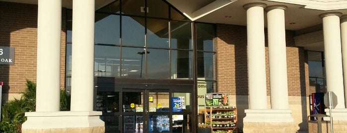 Kroger is one of Gregoryさんのお気に入りスポット.