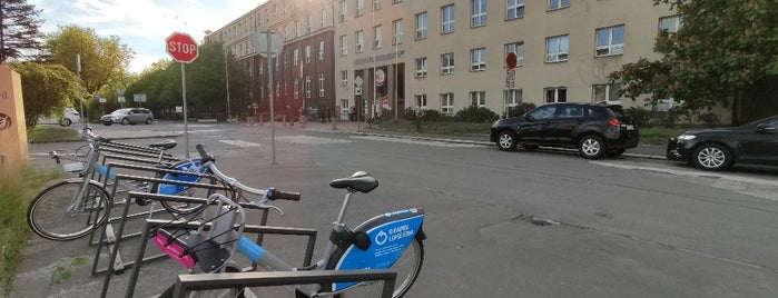 Cyklostojan Nemocnice Fifejdy is one of Cyklostojany Ostrava.