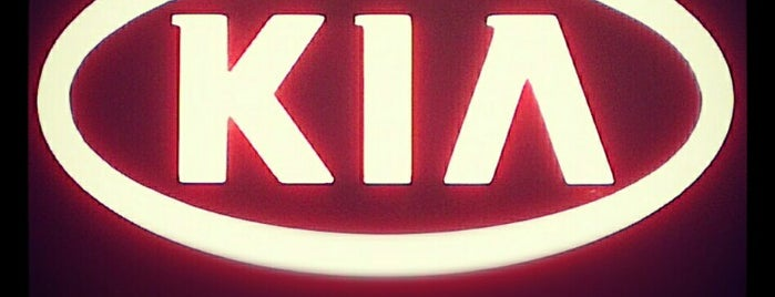 Kia Motors is one of Lugares favoritos de Elena.