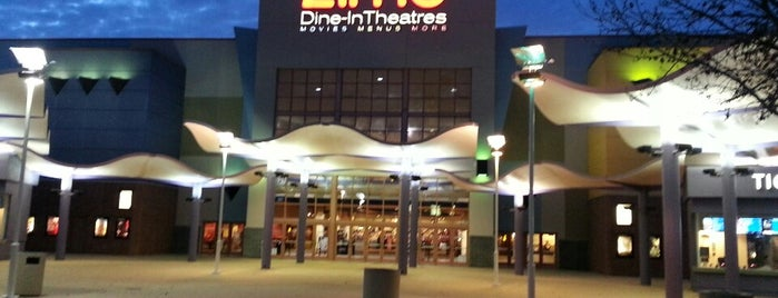 AMC Grapevine Mills 30 with Dine-In Theatres is one of Lieux qui ont plu à Brian.