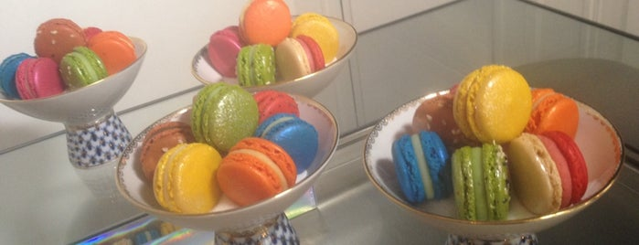 Acide Macaron is one of Batignolles-Clichy-Epinettes must do.