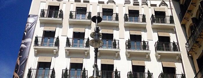 Gran Hotel La Perla is one of Lieux qui ont plu à Javier.
