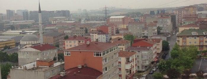 Özen Emek Sitesi is one of Tempat yang Disukai Fatih.