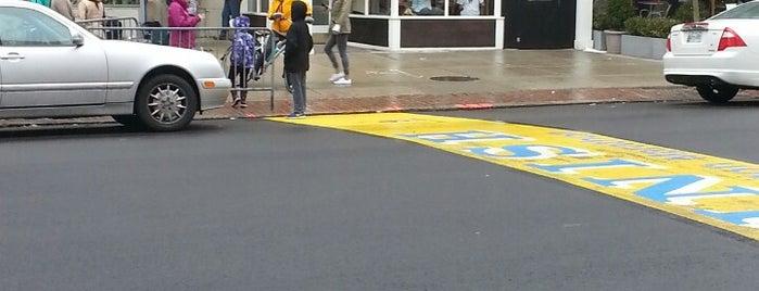Boston Marathon Finish Line is one of Locais curtidos por 💋Meekrz💋.