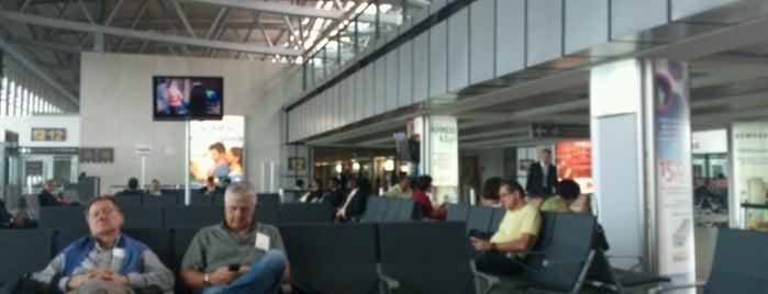 Aeropuerto Internacional La Aurora (GUA) is one of Free WiFi Airports 2.