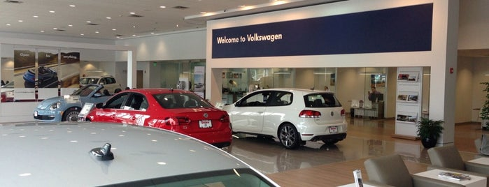 Union Volkswagen is one of Priscillaさんのお気に入りスポット.