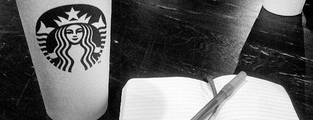 Starbucks is one of Orte, die Tracy gefallen.