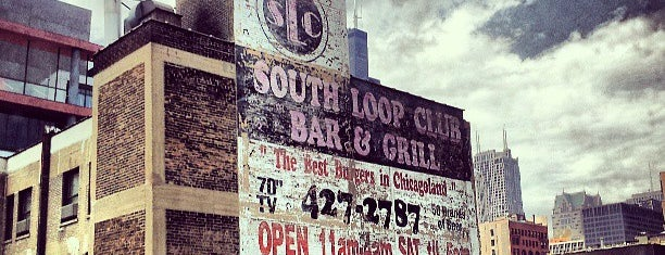 South Loop Club is one of John 님이 좋아한 장소.