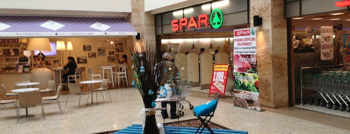 SPAR is one of Lugares favoritos de Csaba.
