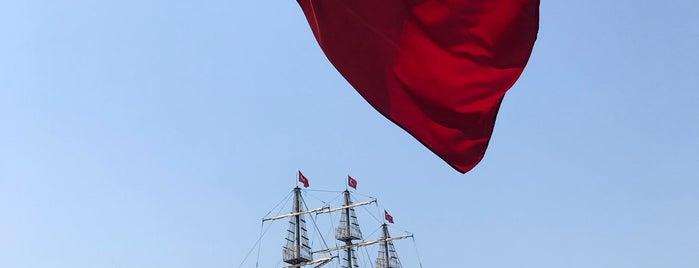 Yacht Travel is one of Derya'nın Beğendiği Mekanlar.