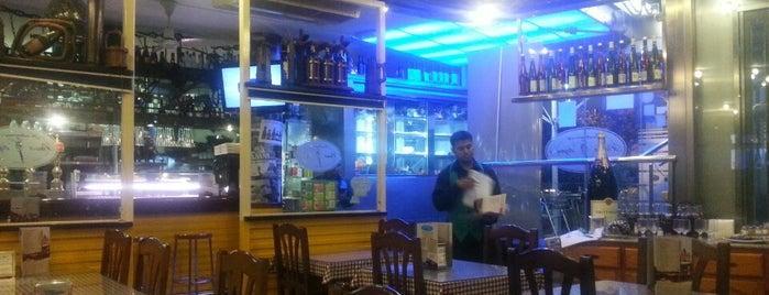 Pasa Tapas Restaurante is one of Restos.