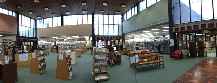 Simi Valley Library is one of Ventura Faves.