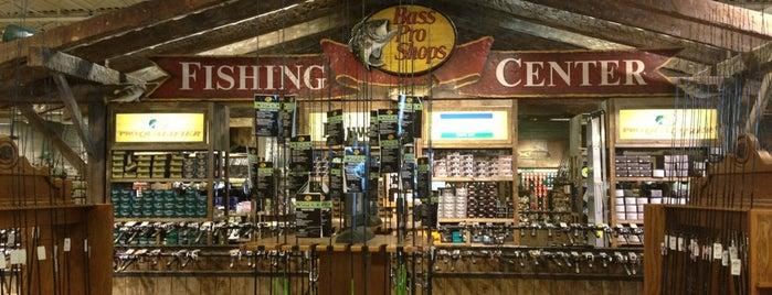 Bass Pro Shops is one of Scott: сохраненные места.