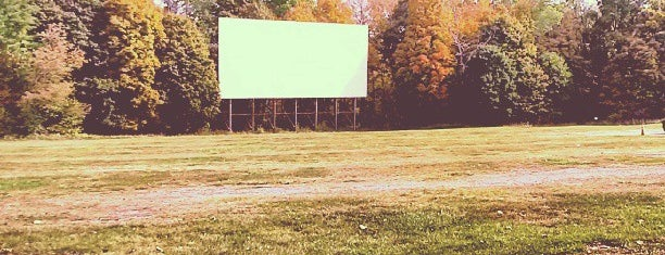 Hyde Park Drive-In is one of TAKE ME TO THE DRIVE-IN, BABY.