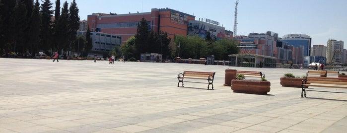 Beylikdüzü Meydanı is one of Beylikdüzü.