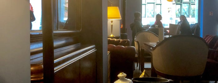 Frankfurter Salon is one of Kaffee und Kuchen FFM.