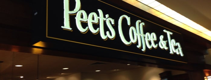 Peets Coffee And Tea is one of KATIE 님이 좋아한 장소.