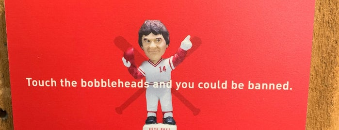 National Bobblehead Hall of Fame and Museum is one of Tempat yang Disimpan Allison.