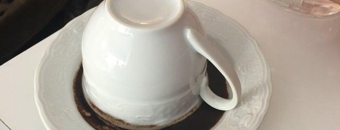 Mİ CAFE is one of Tempat yang Disukai Göksu.