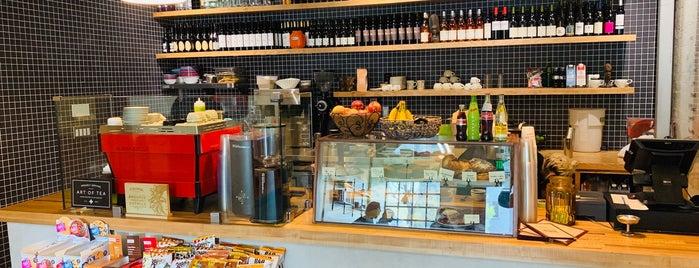 Adams Coffee Shop is one of El Lay.