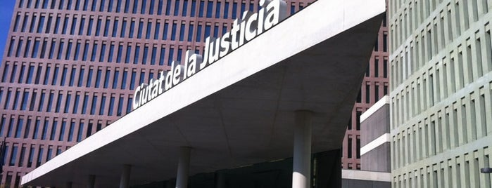 Ciutat de la Justícia is one of สถานที่ที่ Diego ถูกใจ.