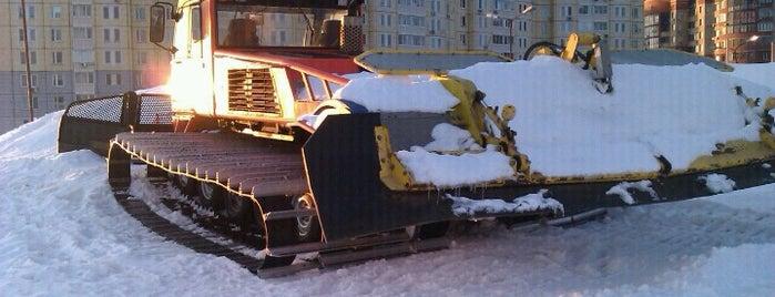 Горнолыжный склон ТРЦ «Вэйпарк» is one of Склоны.