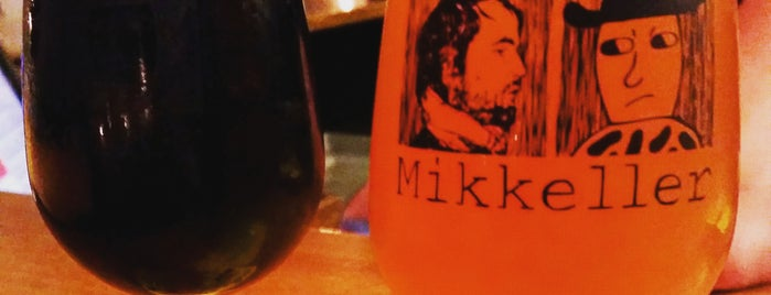 Mikkeller Bar Viktoriagade is one of Honghui : понравившиеся места.