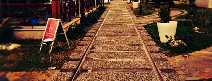 İstasyon Bornova Kahve Diyarı is one of Veni Vidi Vici İzmir 1.