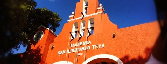 Hacienda Teya is one of Lieux qui ont plu à Alejandro.
