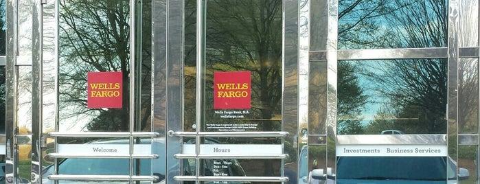 Wells Fargo is one of Michael 님이 좋아한 장소.