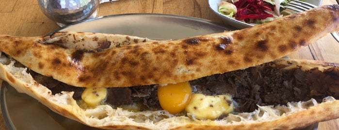 Karadeniz Tadal Pide Salonu is one of Food.