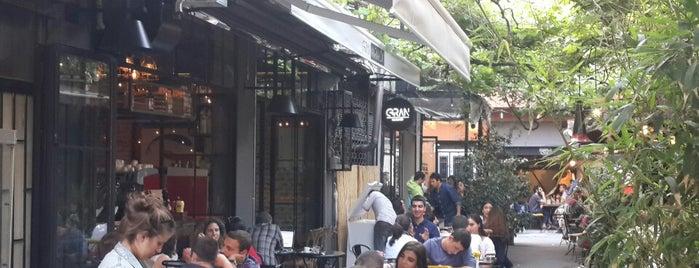 Gran Karaköy is one of Cafe + diger restoranlar.
