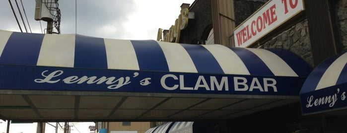 Lenny's Clam Bar is one of Food Club.