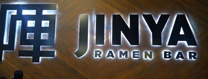 Jinya Ramen Bar is one of Lieux qui ont plu à Wade.