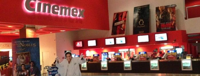 Cinemex is one of Lugares favoritos de Francisco.