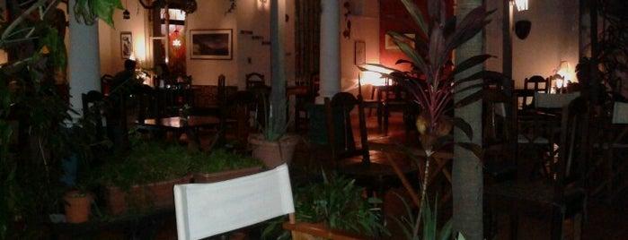 Luna Vinera is one of Restaurantes & Bares.