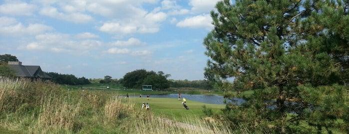 Stonewall Orchard Golf Club is one of Posti che sono piaciuti a Mirko.