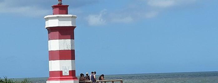 Farol Itapoá is one of Orte, die Rodrigo gefallen.