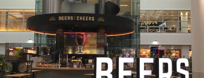 Beers & Cheers is one of สถานที่ที่ Nina ถูกใจ.