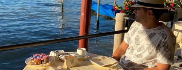 Grand Canal Restaurant is one of Tempat yang Disukai JoAnne.