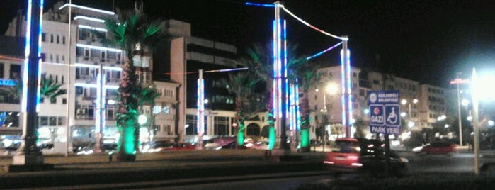 Ereğli Çarşı is one of สถานที่ที่ Cem ถูกใจ.
