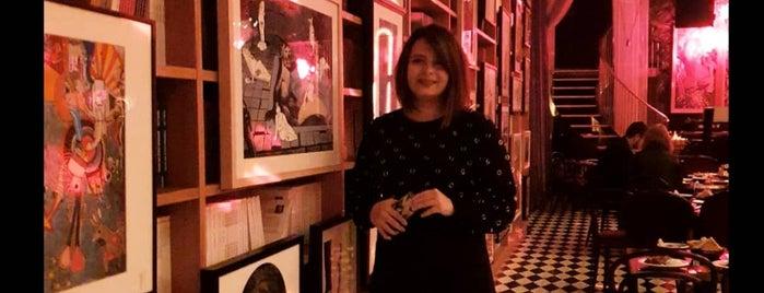 Dada Salon Kabarett is one of Denenecek.