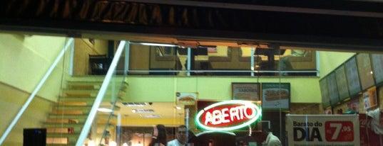 Subway is one of Tempat yang Disukai Guilherme.