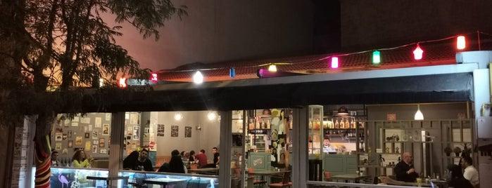Muaf Cafe is one of Eskişehir mekanlar.