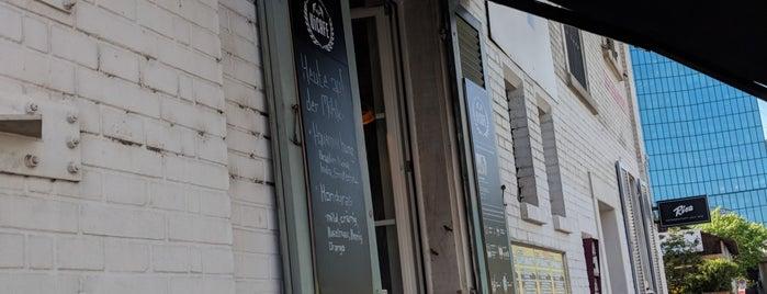 ViCafe - Barista Espresso Bar is one of สถานที่ที่ Antonia ถูกใจ.