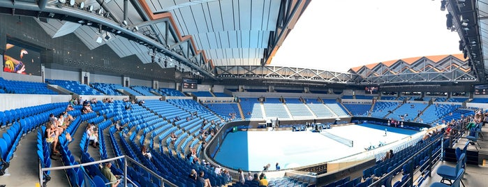 Margaret Court Arena is one of Lugares favoritos de Shaun.
