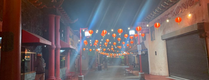 Chinatown is one of LOS ANGELES.