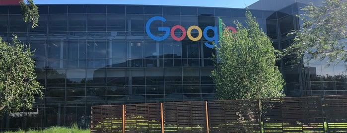 Googleplex - 1098 is one of Lugares favoritos de Jennifer.